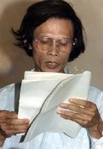 Nguyễn Khắc Thạch - người  đi chân trần trên lưỡi dao bén của sự thật