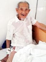 Hy hữu: Thay thành công khớp háng cho cụ ông 100 tuổi