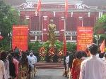 Trường THPT Chuyên Quốc Học Huế khai giảng năm học mới.