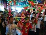 Đêm hội trăng rằm cho trẻ em nghèo, trẻ em dân tộc thiểu số ở Nam Đông