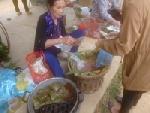 Mật mía Văn Giang và kẹo lạc chợ Gôi