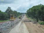 khẩn trương hoàn thành công tác đền bù, GPMB dự án đường La Sơn - Nam Đông