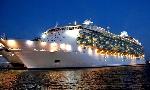 Tàu du lịch MARINEROF THE SEAS cập cảng Chân Mây