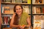 Đọc thơ Naomi Shihab Nye: Lòng tử tế