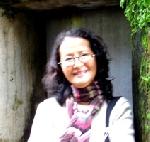 Tuyển tập truyện ngắn Sông Hương 30 năm: BỨC TRANH THIẾU NỮ ÁO LỤC