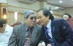 'Vào mùa trăng': Một thế giới khác của giáo sư Hà Minh Đức