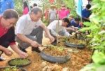 Lan tỏa phong trào Ngày chủ nhật xanh tại huyện miền núi A Lưới
