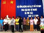 Hội Đồng hương Huế tại TP Hồ Chí Minh thăm và  tặng quà cho bà con nghèo