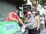 Mắc kẹt ở Đà Nẵng: Lo lắng và thích nghi