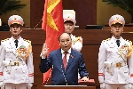 Chủ tịch nước Nguyễn Xuân Phúc  tuyên thệ nhậm chức trước Quốc hội