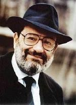 Nhà ký hiệu học Umberto Eco và tiểu thuyết