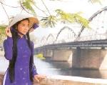 Thơ Sông Hương 10-2000