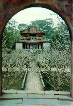 Những nét đơn giản có ích trong kiến trúc lăng Minh Mạng