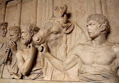 Vẻ đẹp tạo hình một nhu cầu thẩm mỹ từ thời cổ đại