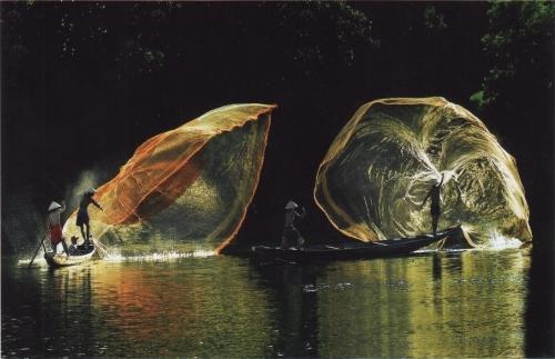 Thơ Sông Hương 01-2012