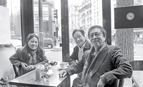 Cà phê sáng với Đặng Nhật Minh và Tô Nhuận Vỹ ở Paris