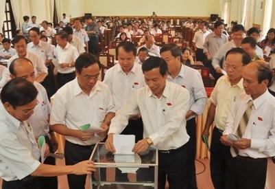 HĐND tỉnh Thừa Thiên Huế công bố kết quả bỏ phiếu tín nhiệm.
