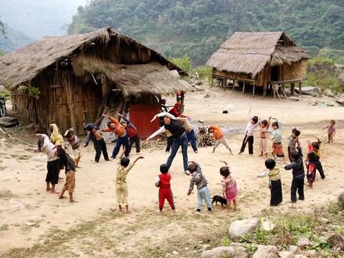 Nam Đông quan tâm đến chất lượng giáo dục con em đồng bào dân tộc thiểu số