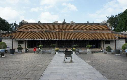 Thừa Thiên-Huế: Nhiều di tích đang chờ trùng tu