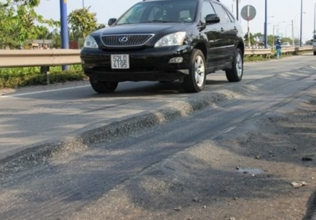 Lại hằn lún quốc lộ 1A từ Hà Nam đến Thừa Thiên Huế