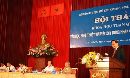 Đề cao trách nhiệm của văn nghệ sĩ trong việc xây dựng đạo đức, nhân cách, lối sống của con người Việt Nam(*)