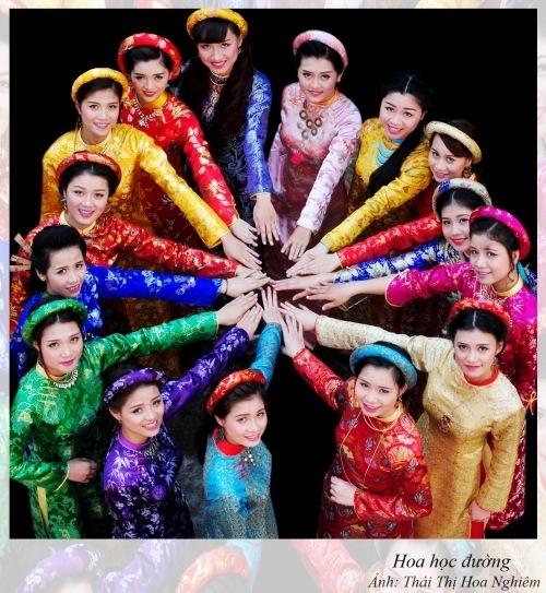Thơ Sông Hương 11-15