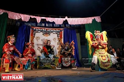 Không chỉ có quan họ, Thổ Hà còn nổi tiếng với nghệ thuật tuồng cổ