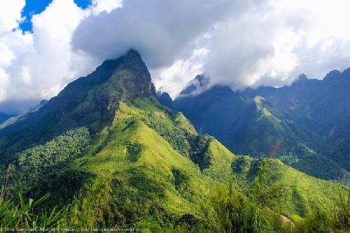 Về nghe núi gọi tên mình
