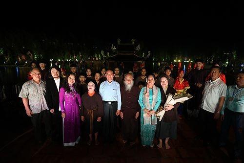 Tổng thống Myanmar tìm hiểu văn hoá Việt qua 'Tinh hoa Bắc bộ'