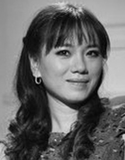 Trang thơ Vi Thuỳ Linh