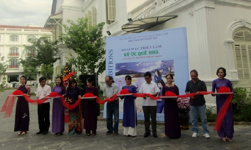 Họa sĩ Nguyễn Trọng Khôi tổ chức triển lãm lần đầu tiên tại Huế