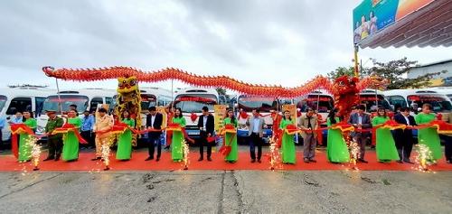 Khai trương tuyến xe buýt liên tỉnh liền kề Huế - Đà Nẵng