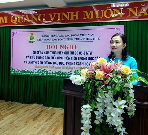 LĐLĐ tỉnh: Tuyên dương 19 tập thể và 41 cá nhân tiêu biểu trong học tập và làm theo tư tưởng, đạo đức, phong cách Hồ Chí Minh