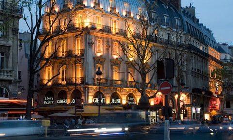 Hiệu sách mang tính biểu tượng của Paris đóng cửa gây nuối tiếc cho những người yêu sách tại Pháp