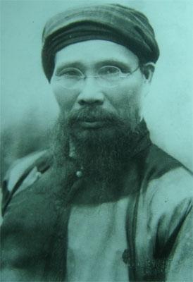 Cụ Phan Bội Châu đóng phim ở Huế năm 1926